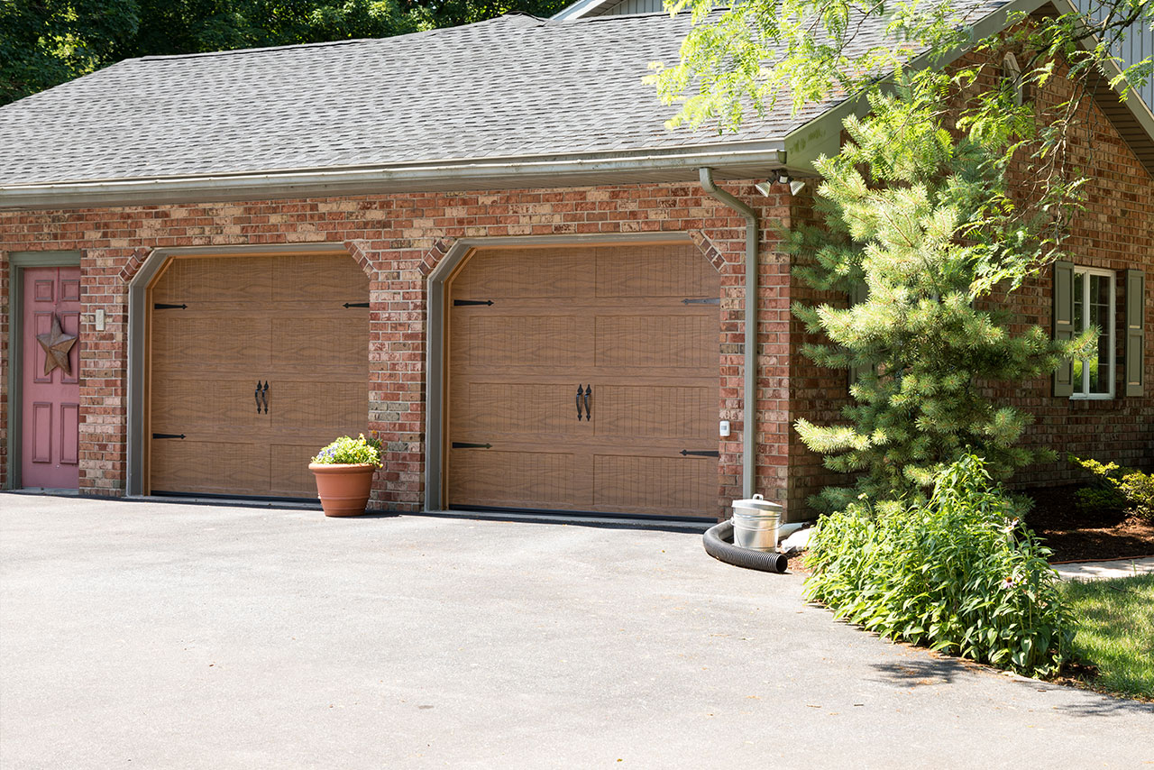 Haas Door 700 Series garage doors